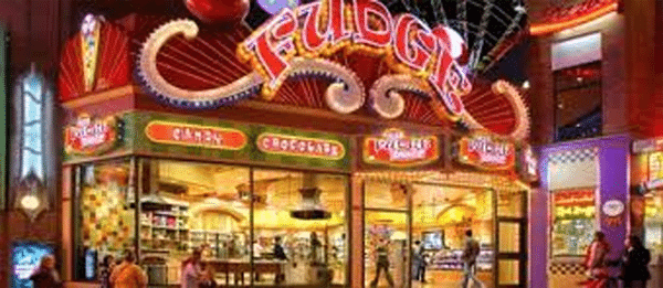 Niagara Falls Holiday Shopping Experience on Clifton Hill