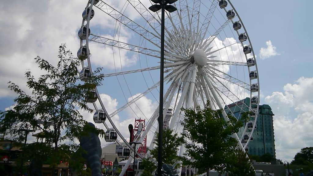 Niagara Falls Skywheel on Clifton Hill