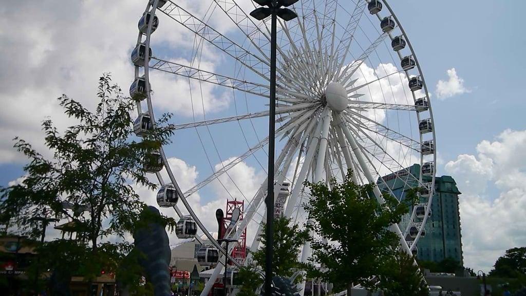 Niagara Falls Skywheel on Clifton Hill
