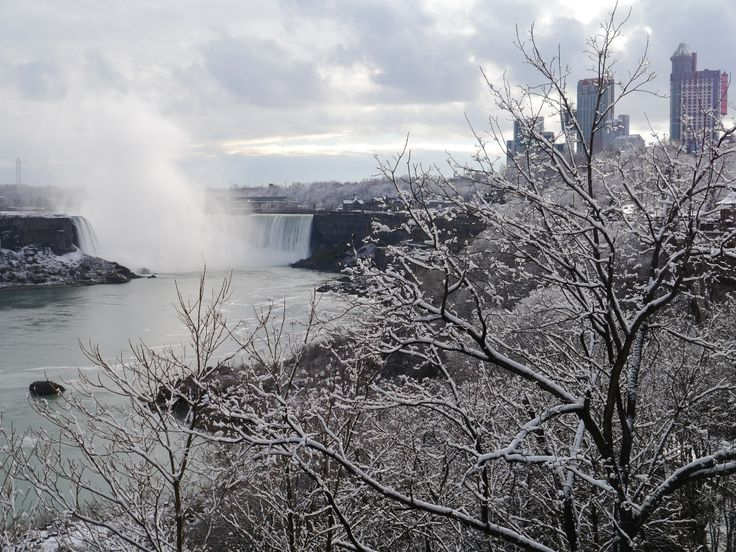 Valentine's Day in Niagara Falls
