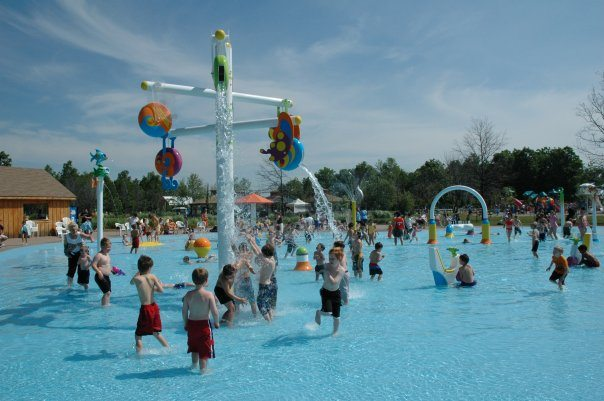 Splash pad at Zooz
