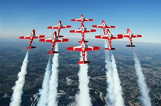 Niagara Falls Attractions presents Snowbirds over the Falls