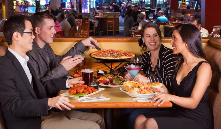 Top 10 Menu Items at Boston Pizza Clifton Hill!