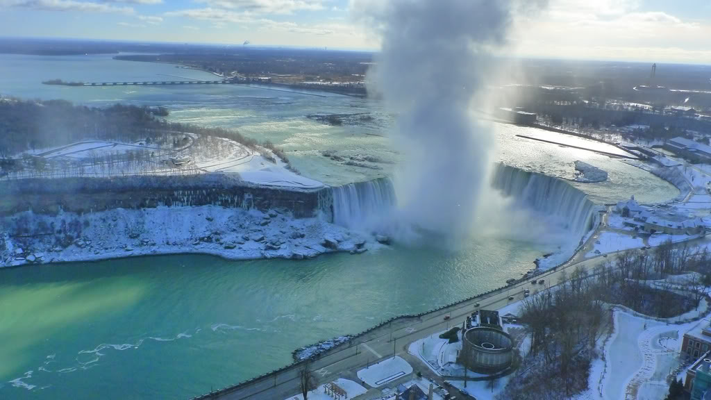 Niagara Falls Winter