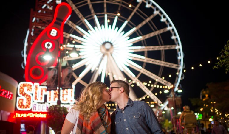 Niagara Engagement and Wedding Photography on Clifton Hill