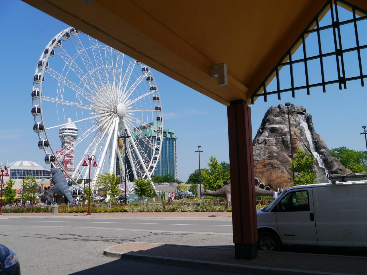Niagara Falls hotel savings