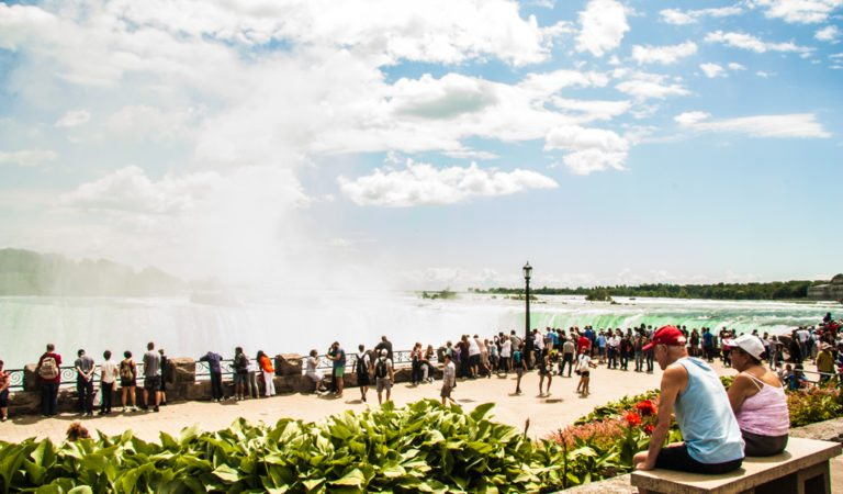 Construction Holiday in Niagara Falls: Things to Do