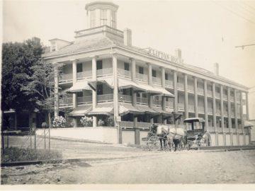 Historical Niagara Falls Building