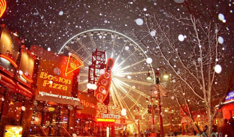 Winter Doesn't Stop Us! 10 Pictures Of Clifton Hill Fun