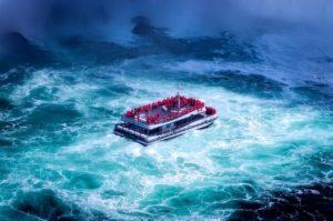 plan a getaway with your BFF to Niagara Falls