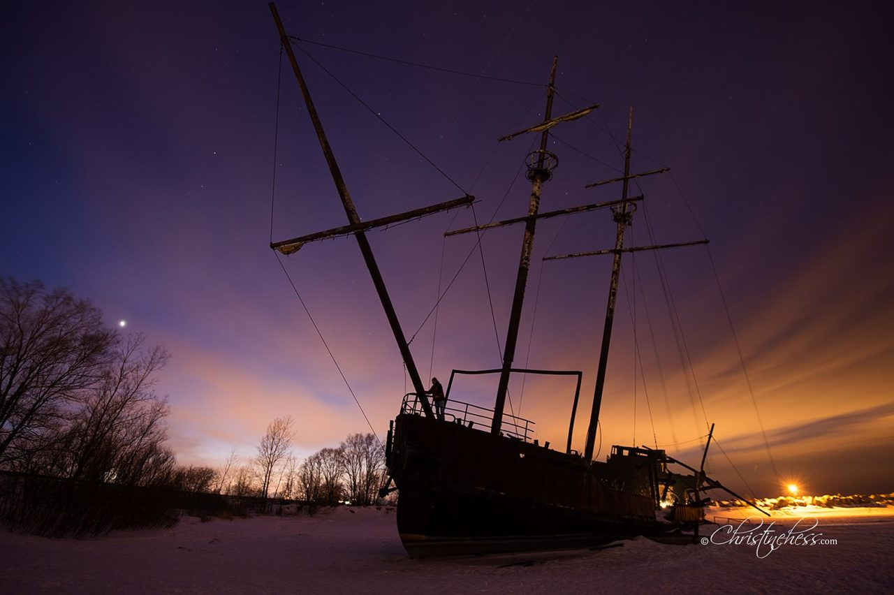 That Abandoned Ship Into Niagara La Grande Hermine Parts Of A Tall For Pinterest