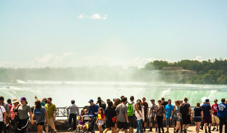 Tips to Plan a Weekend Getaway to Remember in Niagara Falls