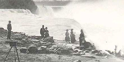Niagara Tourists
