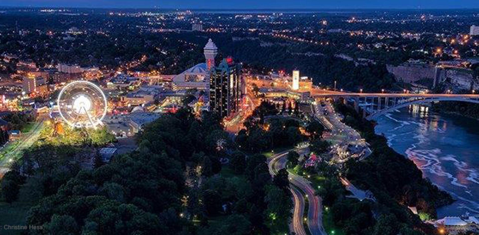 Car Factory Outlet >> Niagara Falls Border | Clifton Hill, Niagara Falls Canada